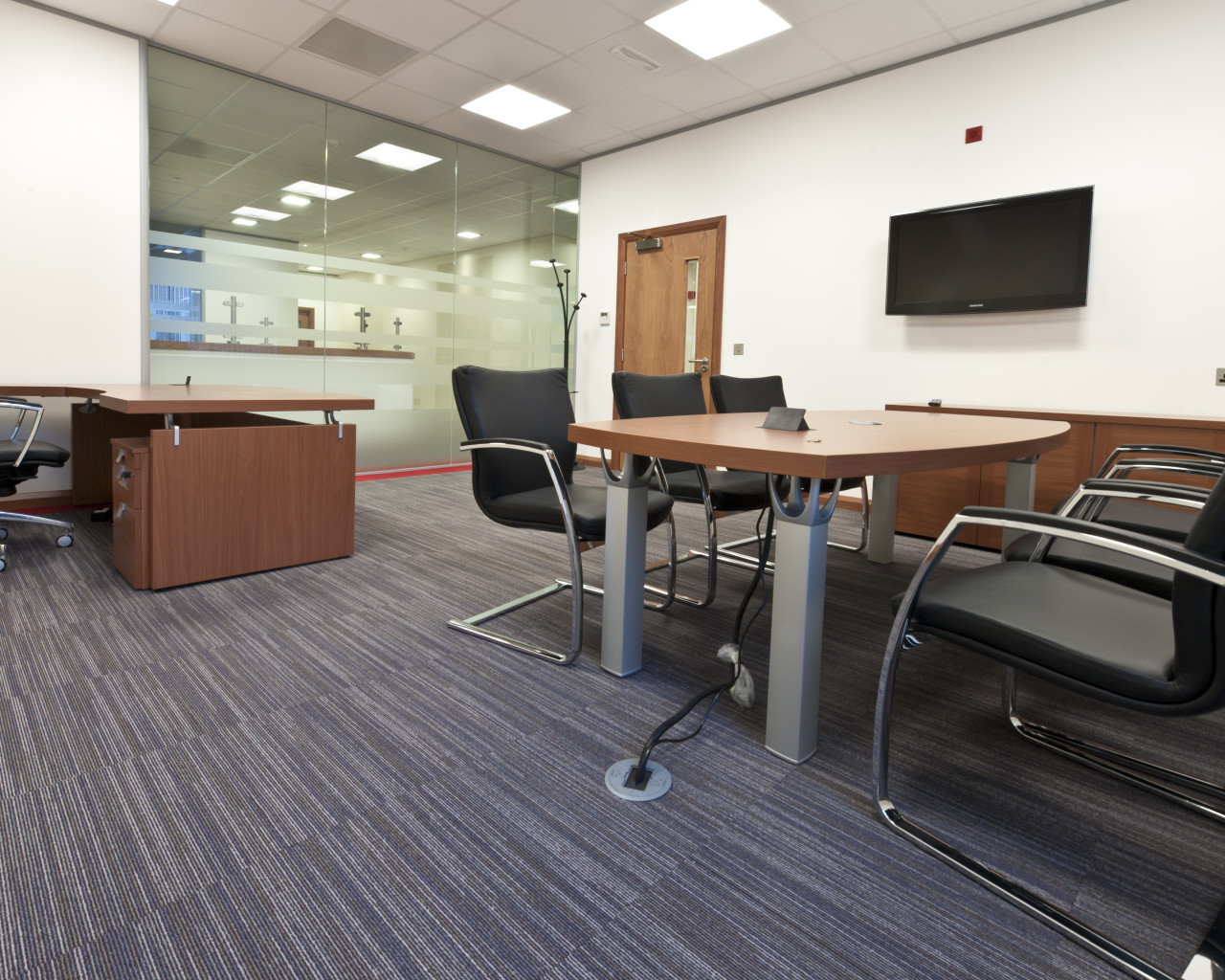 Commercial office refurbishment, Bolton, Manchester, Cheshire, Lancashire, Liverpool, Leeds, UK