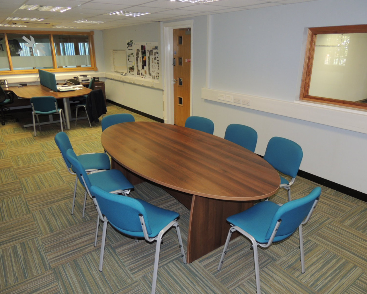 office furniture supplier Skelmersdale, Wigan, St Helens, Widnes, Runcorn, and Chester