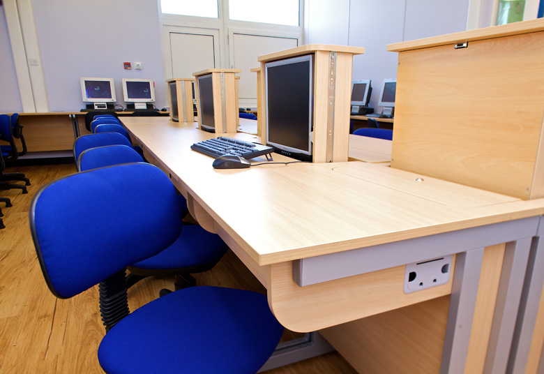 Office Furniture Desks, Bolton, Manchester, Lancashire, Cheshire, Liverpool, Birmingham, Leeds, UK