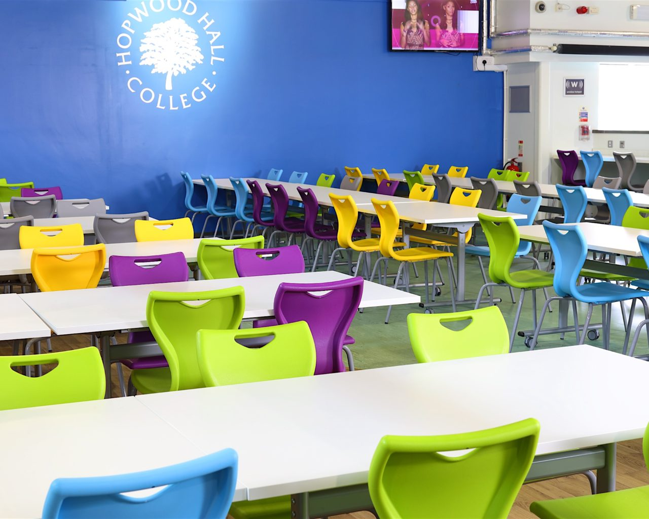 school dining areas, manchester